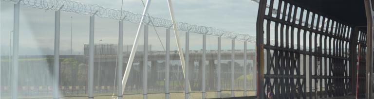 Eurotunnel 4.2m Nato standard razor wire fencing